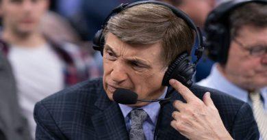 Hall of Fame Broadcaster Marv Albert retiring