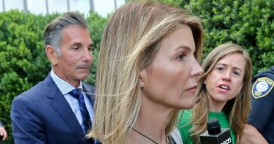 Lori Loughlin and Mossimo Giannulli submit travel request to vacation in Mexico