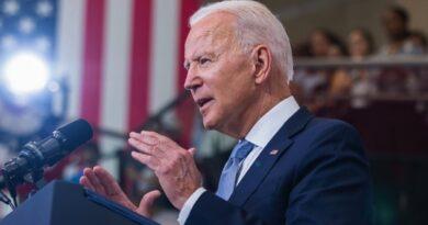 Biden stumps for McAuliffe in Virginia ahead of gubernatorial election